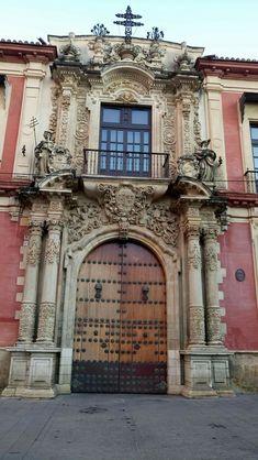 puerta del palacio Arzobispal. Sevilla