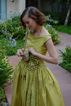 The Robe de Style at Costume College by koshka_the_cat, via Flickr