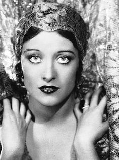 Joan Crawford photographed by Ruth Harriet Louise, 1928
