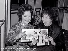 Shirley Temple and Jane Withers Classic Hollywood, Old Hollywood, Hollywood Actresses, Jane Withers, Milton Berle, Actor Studio, Child Actresses, Still In Love, Photographs Of People