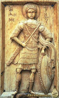 San Demetrio - ,Marfil,siglo XI  Alta Edad Media Romanesque Sculpture, Ottonian, High Middle Ages, Byzantine Icons, Medieval Times, Orthodox Icons, European History, Ivoire, Roman Empire