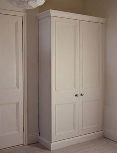 Built in Wardrobe with capping Alcove Wardrobe, Bedroom Built In Wardrobe, Wardrobe Storage Cabinet, Fitted Bedroom Furniture, Fitted Bedrooms, Wardrobe Cabinets, Wardrobe Doors, Cupboard Storage, Small Bedrooms