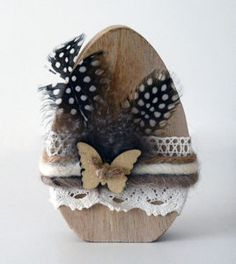 Jewelry instead of chocolate: gift ideas for Easter from cool to cute - DIY Deko Anleitungen Easter Gift, Easter Crafts, Easter Bunny, Easter Eggs, Wooden Crafts, Diy And Crafts, Wooden Owl, Origami 3d, Diy Tumblr