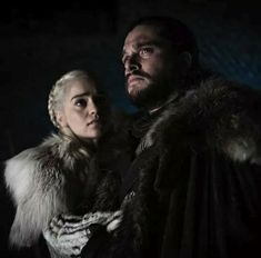 Kit Harington on How 'Destroyed' Jon Snow Felt in His and Daenerys' Final 'Game of Thrones' Moment Game Of Thrones Facts, Game Of Thrones Quotes, Game Of Thrones Funny, Kit Harington, Jon Snow Y Daenerys, Dany And Jon, Rhaegar And Lyanna, Got Memes, Night King