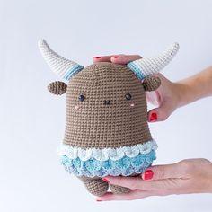 #lalka #artdoll #art #artcrochet #fotoelfikowo #szydełko #newproject #amigurumu #crochet #crochetdoll #new #crochê #amigurumi #amigurumitavsan #amigurumikuzu #lampcrochet #amigurumiaddict #etsyhandmade #eyes #makersmovement #supportsmallbusiness #etsy #collar #craftspace #etsyseller #craftsposure #vsco #collarpins #shophandmade #crochetaddicted by amigurumu