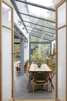 This London location house is lovely family home with a kitchen extension. Spacious rooms with good light for photo shoots, TV and Film House Extension Design, House Design, Norway House, House Extensions, Kitchen Extensions, Interior And Exterior, Interior Design, Corner House, London House