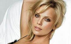 Charlize Theron is listed (or ranked) 82 on the list Cute Babies Who Grew Up to Be Movie Stars Charlize Theron, 10 Most Beautiful Women, Sean Penn, Makeup For Green Eyes, Beautiful Actresses, Eye Color, Beauty Secrets, Hair Makeup, Eye Makeup