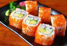 Mách nhỏ cách làm sushi cá hồi