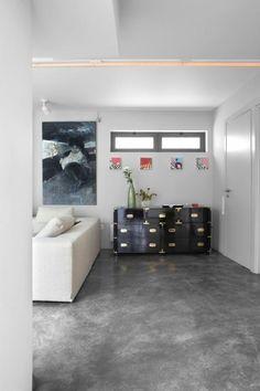 A unique garage transformation Source by liviahung Garage Transformation, Garage Bedroom Conversion, Garage Conversions, Garage Floor Paint, Underground Garage, Casa Loft, Garage Remodel, Closet Remodel, Bright Homes