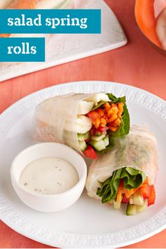 Salad Spring Rolls – Refresh your lunchtime with this delicious recipe! Add these salad spring rolls to your lunch or dinner repertoire.