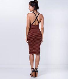 Vestido feminino  Modelo midi  Listrada  Marca: Blue Steel  Tecido: viscolycra  Composição: 96% viscose e 4% elastano  Modelo veste tamanho: P           COLEÇÃO VERÃO 2016         Veja outras opções de    vestidos femininos.
