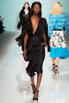 Emanuel Ungaro Spring 2015 Ready-to-Wear - Collection - Gallery - Look 13 - Style.com