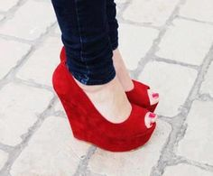 Glam Red Wedges