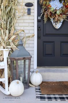 Our front porch might be small, but it sure does look good dressed up for fall! Find out exactly how to recreate this look and set the tone for the season. #fall #frontporch #falldecor #fallporch White Pumpkins, Beautiful Textures, Vintage Diy, Cottage Style, Front Porch, Fall Decor, Nice Dresses, Backyard, Chalet Style