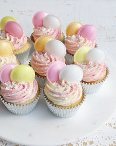 Cupcake Flavors, Cupcake Recipes, Cupcake Cakes, Dessert Recipes, Cute Desserts, Delicious Desserts, Muffins, Baking Business, Flying Saucer