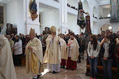 Hochfest Patrona Bavariae: Gerhard Ludwig Kardinal Müller eröffnet Wallfahrtsjahr in Altötting | Bistum Passau
