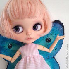 OOAK Custom Blythe Doll fake - Fairy Tania di MissLittleBlythe su Etsy https://www.etsy.com/it/listing/399795417/ooak-custom-blythe-doll-fake-fairy-tania