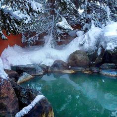 [This week's focus on Niseko Japan] The Green Leaf Niseko Hotel has the best outdoor onsen (hot spring) ever! I felt absolutely serene when I dipped myself in the hot spring water while heavy snow fell around me. The experience was just surreal!    __________________________ Do you know that the 1st onsen in Japan was dated back to around the year 712?! That's over 1304 years ago! __________________________ Do check out full review and more pictures of this lovely hot spring at my blog […