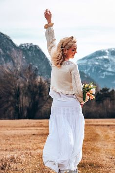 ... finally the days become longer again and the air gets warmer. #frühling #frühlingsoutfit #frühlingsgefühle #outdoorphotography #white #weiss #outfitinspiration Spring Outfits, Lace Skirt, Skirts, Fashion, Moda, Fashion Styles, Skirt, Fashion Illustrations