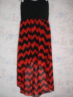 Vestido Papaya Color negro y rojo corto en frente y largo atras