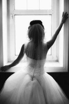Bride in windowsill <3