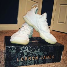 6986d1df8f78 NIKE LEBRON XIV 14 LOW LIGHT BONE IVORY MEN S SHOE SIZE 11.5 878636-004 DS  NEW  fashion  clothing  shoes  accessories  mensshoes  athleticshoes (ebay  link)