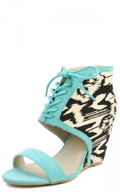 Qupid Flix-01 Aztec Cowboy Lace Up Wedges MINT