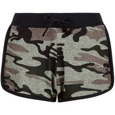 New Look Cameo Rose Green Camo Print Shorts ($8.76) ❤ liked on Polyvore featuring shorts, bottoms, pants, short, green pattern, camo print shorts, camo shorts, patterned shorts, green shorts and print shorts