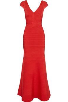 Ruby Red bandage gown - love this Party Gown Dress, Party Gowns, Herve Leger, Skirt Outfits, Dress Skirt, Pretty Dresses, Beautiful Dresses, Coral Gown, Bandage