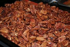 Polo Grill is often referred to as Pecan Recipes, Sweet Recipes, Glazed Pecans, Healthy Snacks, Healthy Recipes, Sweet Butter, Christmas Goodies, Grilling
