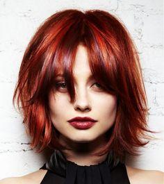 Schulterlange Frisuren mit fabelhaften Farben, die man unbedingt sehen sollte!