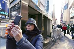 Here are the 10 stupidest things you're doing with your smartphone
