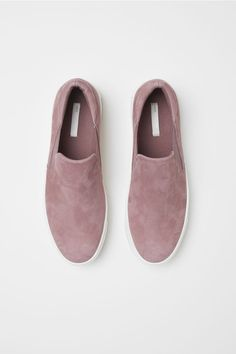 1a8a61c5b874 These Shoes Are Ugly And We Love Them Anyway