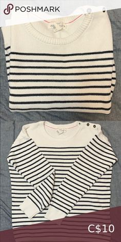 H&M Striped Sweater Brand Name: H&M Size: S Colour: Blue & White stripes Materials: cotton Care Instruction: - Machine wash warm H&M Sweaters Crew & Scoop Necks Brand Names, Scoop Neck, Sweaters For Women, Blue And White, Stripes, Colour, Best Deals, Cotton, Closet