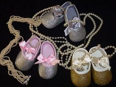 A Love Story - Trailer promocional da Baby Steps Baby Steps, Love Story, Ribbon, Sandals, Portugal, Shoes, Women, Fashion, Party Shoes