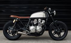 Cafe Racer Pasión — Honda Brat Style by Redeemed Cycles Cb750 Cafe Racer, Scrambler, Cafe Racer Build, Brat Bike, Cafe Racer Motorcycle, Classic Motorcycle, Honda Cb750, Motos Honda, Honda Cr