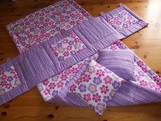 Kapsář za postel, přehoz na jednolůžko a polštářky . Pot Holders, Quilts, Blanket, Bed, Hot Pads, Stream Bed, Potholders, Quilt Sets, Blankets
