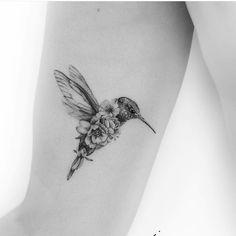 Bird Tattoos For Women, Shoulder Tattoos For Women, Shoulder Sleeve Tattoos, Back Of Shoulder Tattoo, Beautiful Tattoos For Women, Back Tattoo Women, Full Sleeve Tattoos, Mom Tattoos, Body Art Tattoos