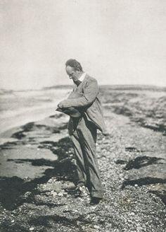 Die Kunst in der Photographie : 1900 Photographer: Aura Hertwig Title: Gerhart Hauptmann