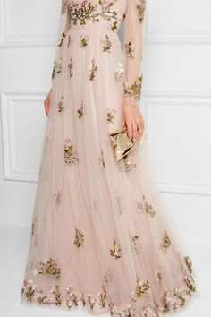 Blush tulle  Concealed hook and zip fastening at back  100% polyamide; embroidery: 100% viscose; lining: 91% silk, 9% elastane Dry clean Designer color: Pale Pink