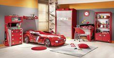 schöne kinderzimmer bett in form von auto rotes bett im zimmer von einem jungen rote möbel grau