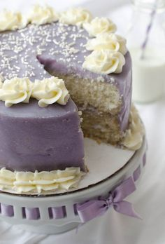 @Jessyca Armbrister  this is almost exactly how I did anna's cake, it was super quick and easy and I thought it was yummy