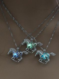 4678a25860ed 7 Best Necklaces images in 2019