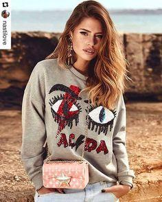 FEELING BEAUTIFUL @nastilove for SHOP ART ✔️#shopart #springsummer17 #collection #new #style #chiaranasti #superwow #look #nowinstore