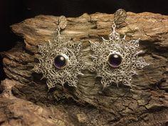 Silver 980 filigree earrings with beautiful amethyst, snow flake inspired. Filigree Earrings, Silver Earrings, 925 Silver, Snowflakes, Jewelry Box, Amethyst, Gems, Brooch, Jewels