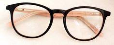 oculos adolescentes de grau feminino preto - Pesquisa Google Types Of Glasses, Cool Glasses, New Glasses, Glasses Frames, Fashion Eye Glasses, Optical Glasses, Eyeglasses For Women, Womens Glasses, Eyewear