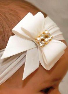 Como Fazer Laço de Fita de Cetim: 31 Modelos com Passo a Passo Ribbon Hair Bows, Diy Hair Bows, Diy Bow, Diy Ribbon, Ribbon Work, Ribbon Crafts, Diy Crafts, Diy Baby Headbands, Diy Headband