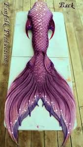 finfolk tails - Google Search Mermaid Fin, Mermaid Tale, Finfolk Mermaid Tails, Mermaid Board, Real Life Mermaids, Mermaids And Mermen, Pretty Mermaids, Fantasy Mermaids, Mermaid Under The Sea