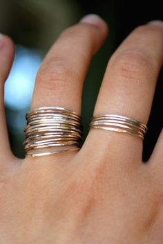The perfect thin bands via Obaz! #laylagrayce #holiday #jewelry