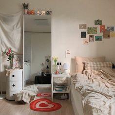 Home Interior Cuadros .Home Interior Cuadros Room Design Bedroom, Small Room Bedroom, Room Ideas Bedroom, Design Room, Korean Bedroom Ideas, Bedroom Inspo, Design Design, Indie Bedroom Decor, Men Bedroom